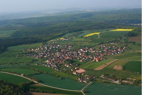 Luftbild von Waldfenster