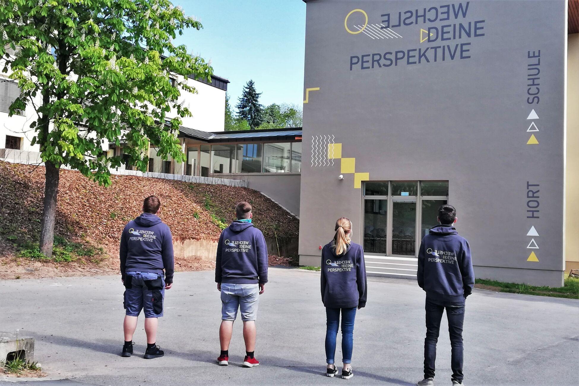 Schulkleidung - Burkardroth Mittelschule 02